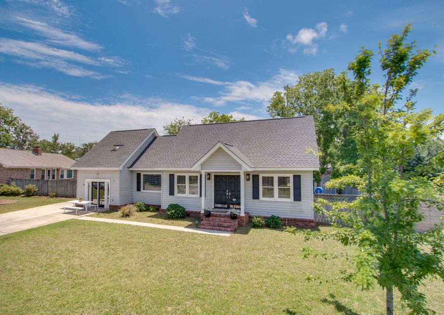 1509 Candlewood Drive Mount Pleasant, SC 29464