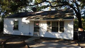2334 Coral Bell Lane North Charleston, SC 29405