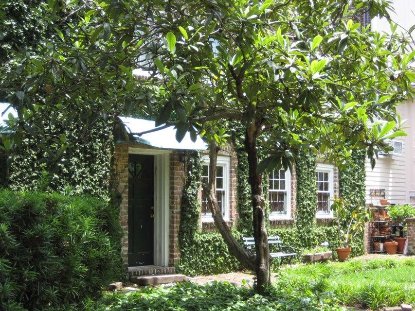 20  Montagu Street Charleston, SC 29401