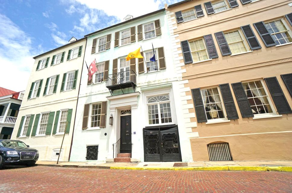 22 1/2  Church Street Charleston, SC 29401