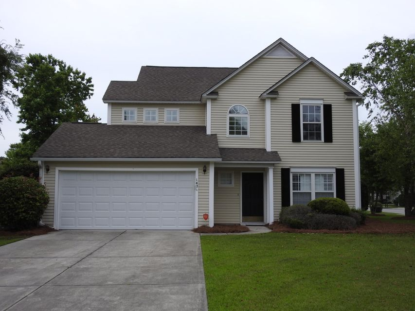 1421  Wellesley Circle Mount Pleasant, SC 29466