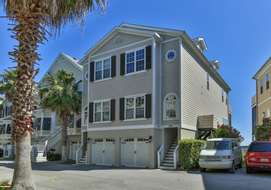 104 W 2ND Street Folly Beach, SC 29439