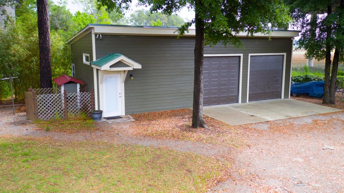 1089 Pinefield Drive Charleston, SC 29492