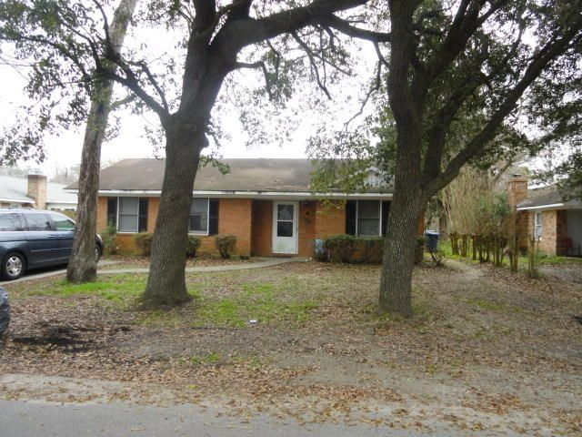 2126 Oakland Road Charleston, SC 29414