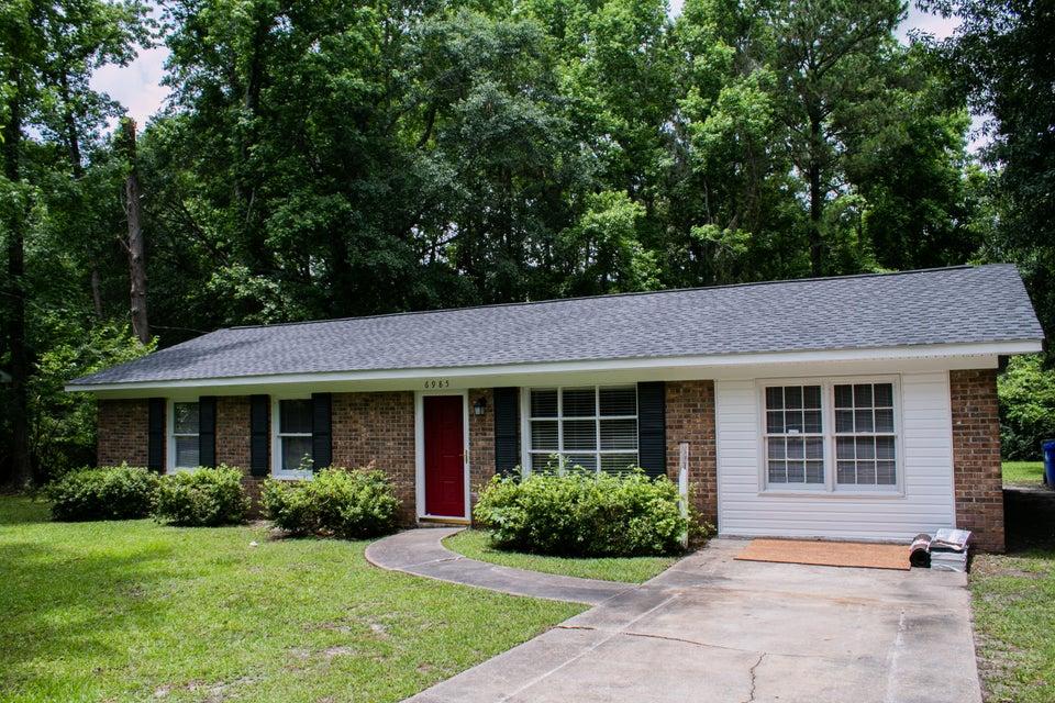 6985  Whitcomb Drive North Charleston, SC 29406