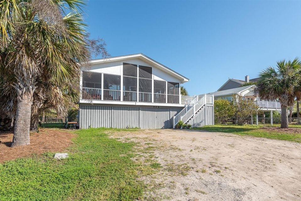 906 W Ashley Avenue Folly Beach, SC 29439