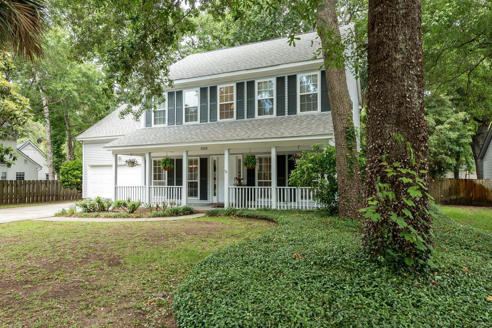1305  Old Mill Lane Mount Pleasant, SC 29464