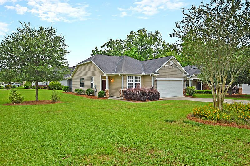 9388 S Heyward Court Summerville, SC 29485