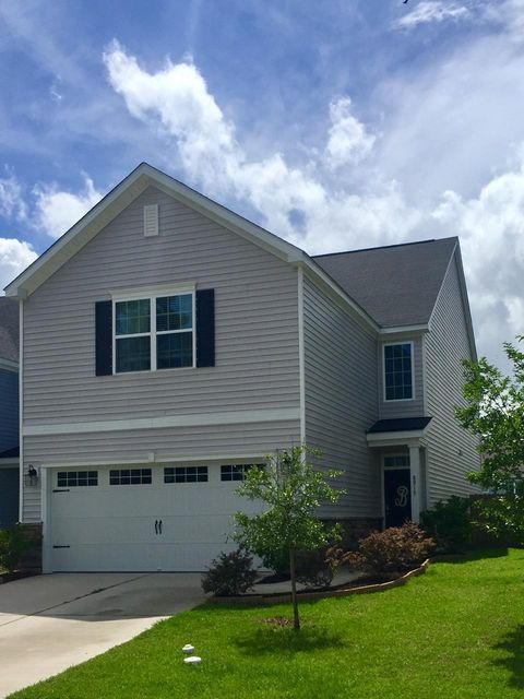 8915  Skipping Rock Lane Summerville, SC 29485