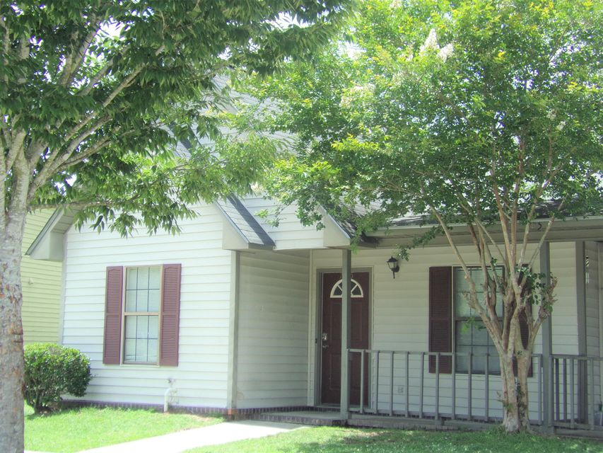 705 Winthrop Street Ladson, SC 29456