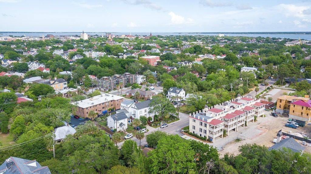 60 Barre Street Charleston, SC 29401