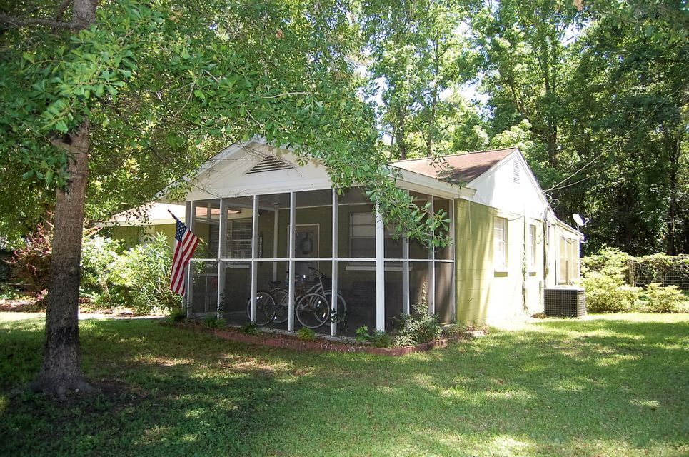 1771 Southwick Drive Johns Island, SC 29455