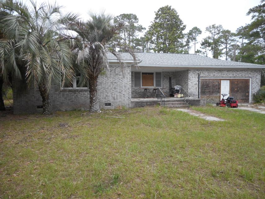 2496 Laurel Hill Road Edisto Island, SC 29438