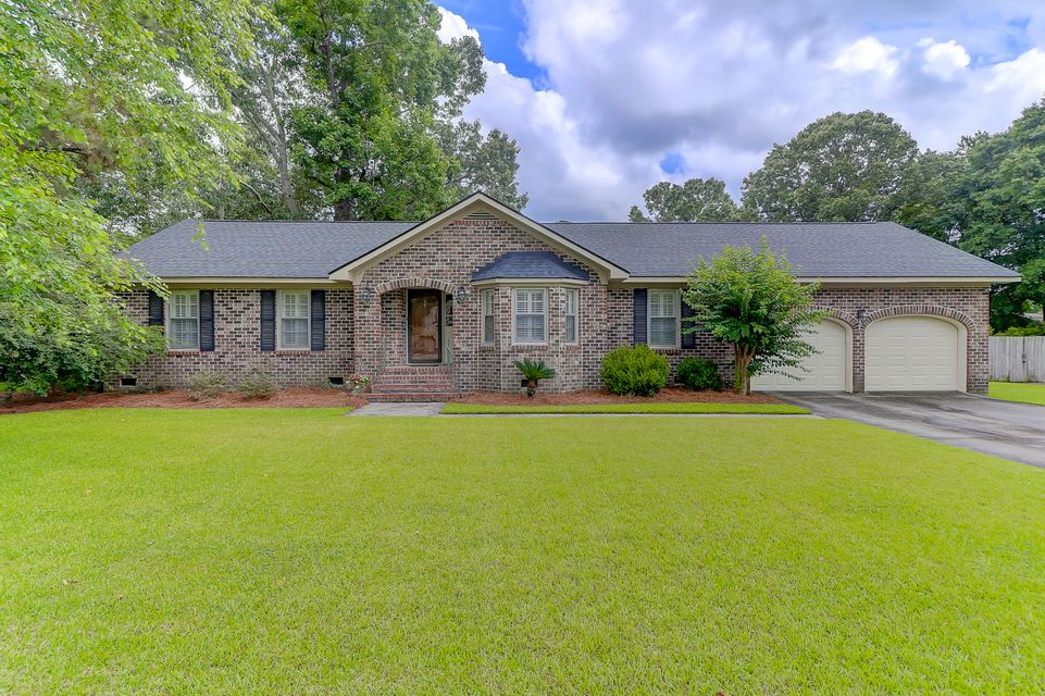 2988 Doncaster Drive Charleston, SC 29414