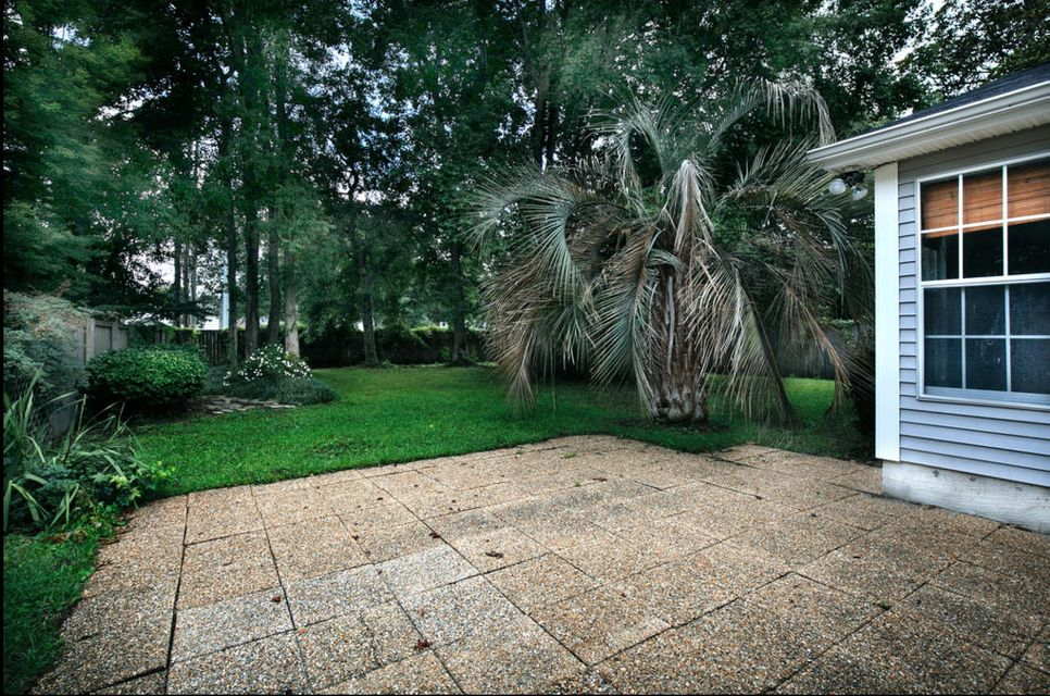 2834 S Moss Oak Lane Charleston, SC 29414