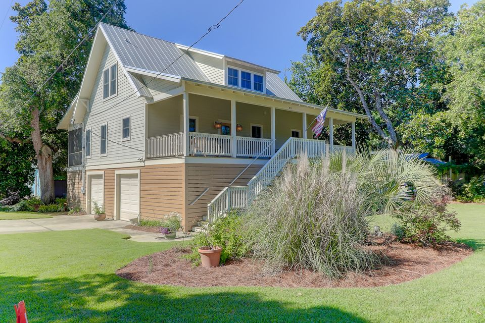 421 E Hudson Avenue Folly Beach, SC 29439