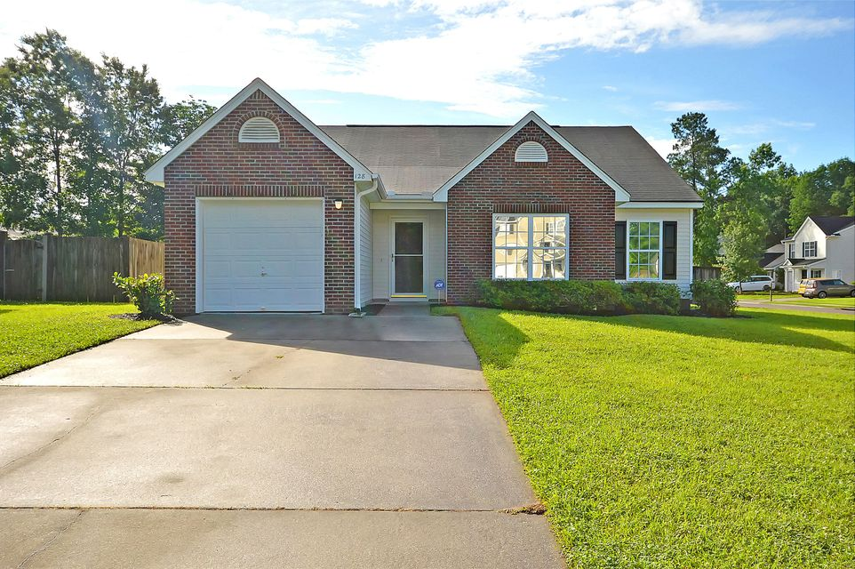 128 Old Tree Road Goose Creek, SC 29445