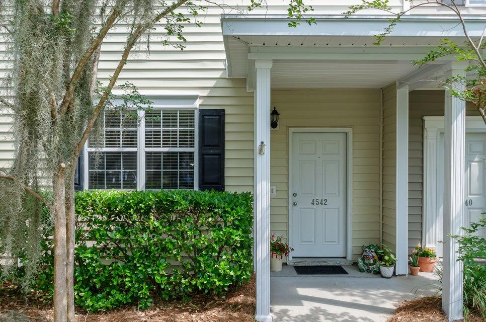 4542 Great Oak Drive North Charleston, SC 29418