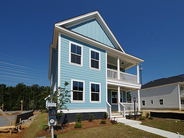 1048 Oak Bluff Avenue Charleston, SC 29492