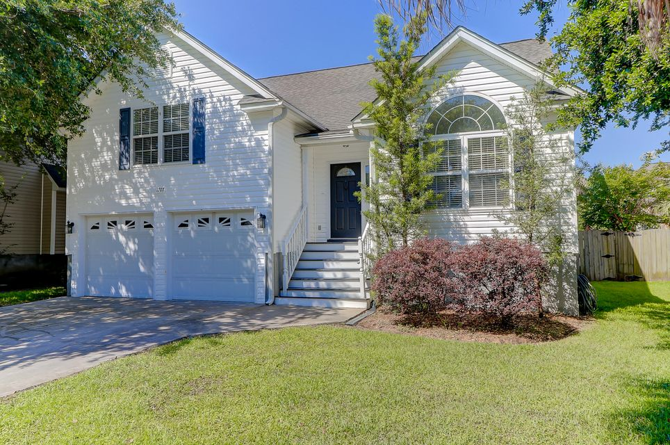 1707 Lotus Lane Charleston, SC 29412