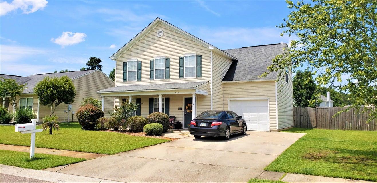 134  Patriot Lane Summerville, SC 29486