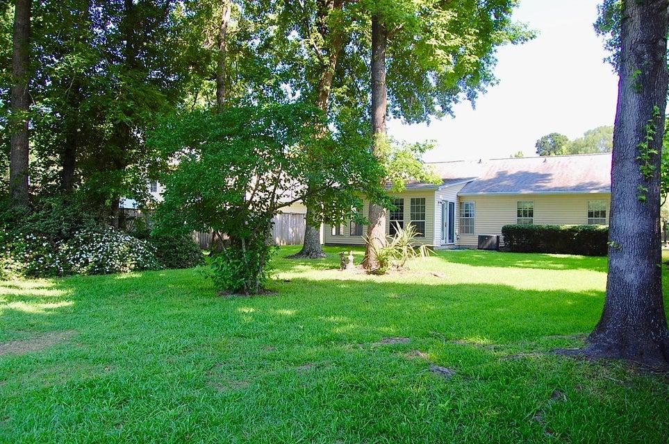 2834 Fox Lake Court Charleston, SC 29414