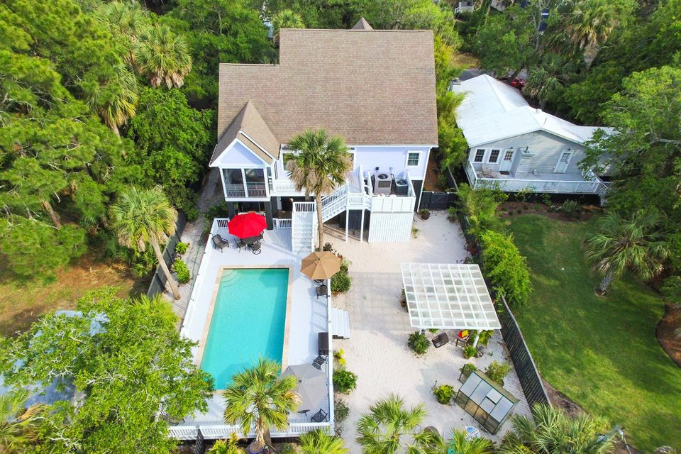 114 W Huron Avenue Folly Beach, SC 29439