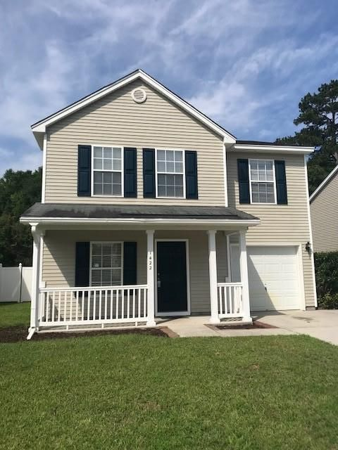 1422 Pinethicket Dr Summerville, SC 29486
