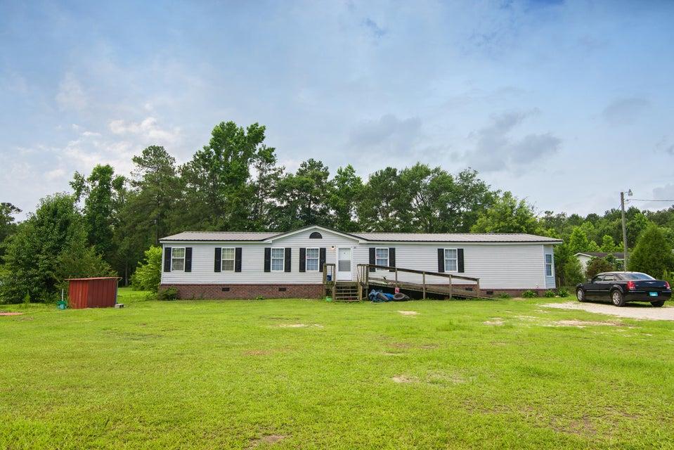 171 Old Beech Hill Road Ridgeville, SC 29472