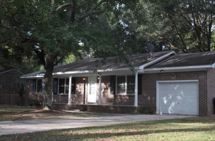 1057 Woodside Drive Charleston, SC 29412