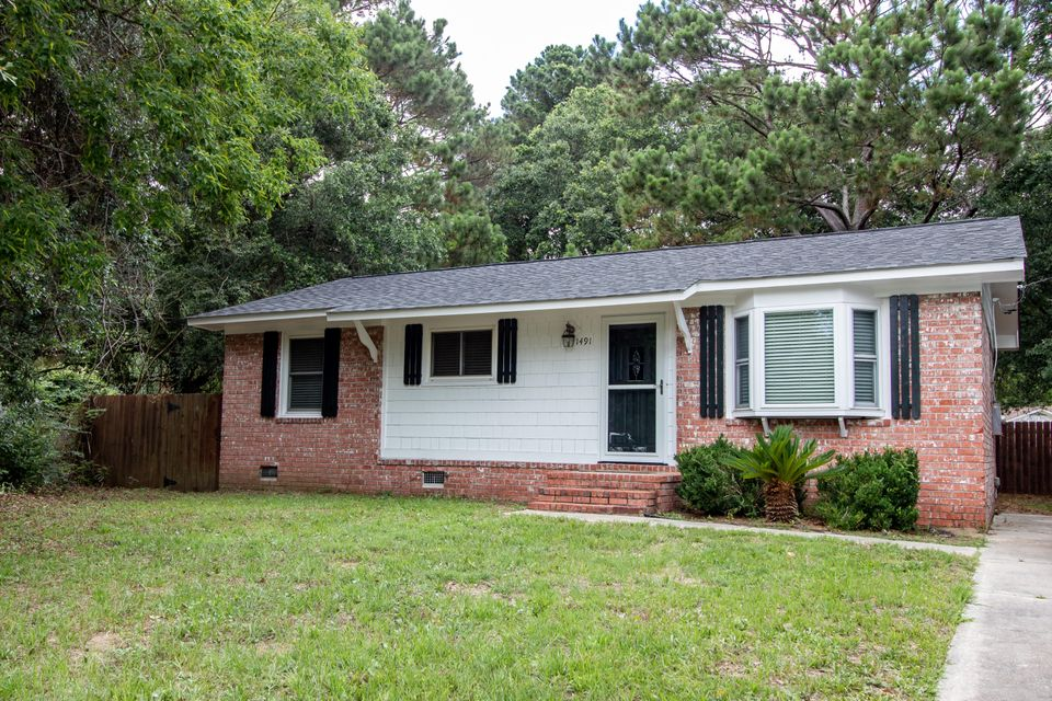1491 Seacroft Road Charleston, SC 29412