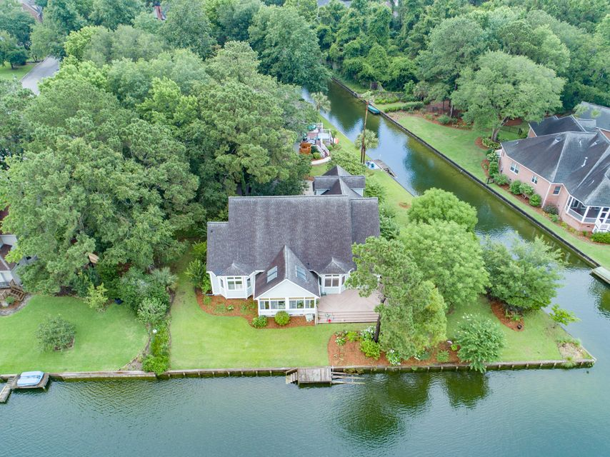 1309 Woodlake Court Mount Pleasant, SC 29464