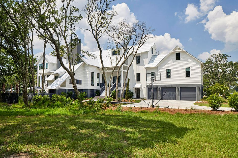 572 Wading Place Charleston, SC 29492