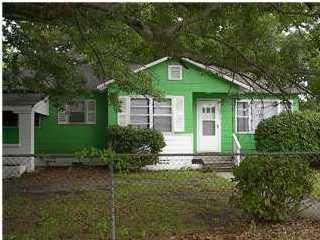 2212 Rebecca Street North Charleston, SC 29406