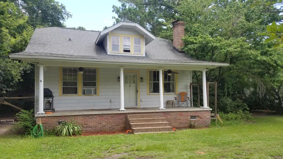 324 Woodland Shores Road Charleston, SC 29412