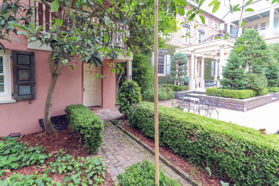 15 Orange Street Charleston, SC 29401