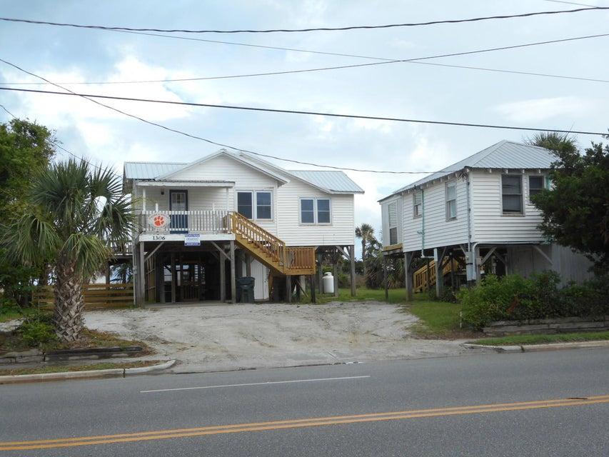 1306 Palmetto Boulevard Edisto Island, SC 29438