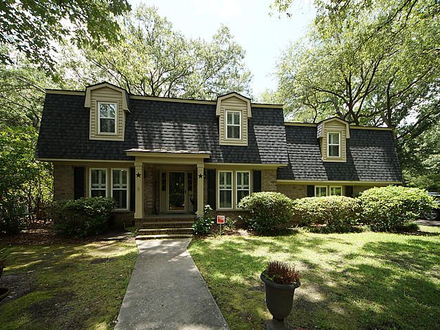 25 Hunters Forest Drive Charleston, SC 29414