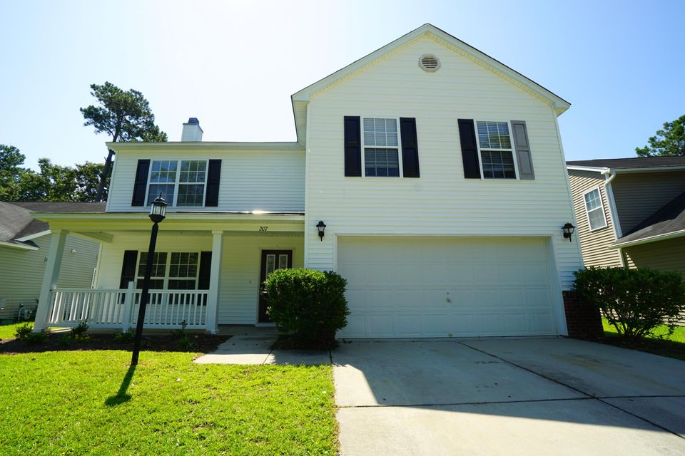 207 Breckingridge Drive Summerville, SC 29485