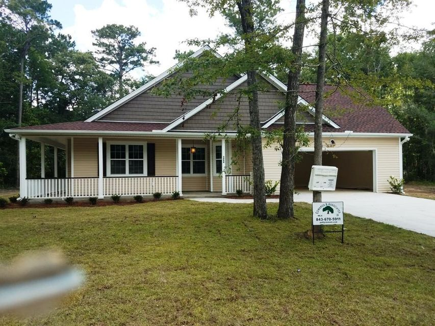 5884 Coffee Tree Lane Ravenel, SC 29470