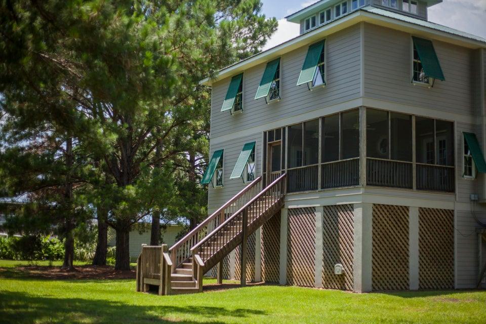 152 Retreat Drive Green Pond, SC 29446