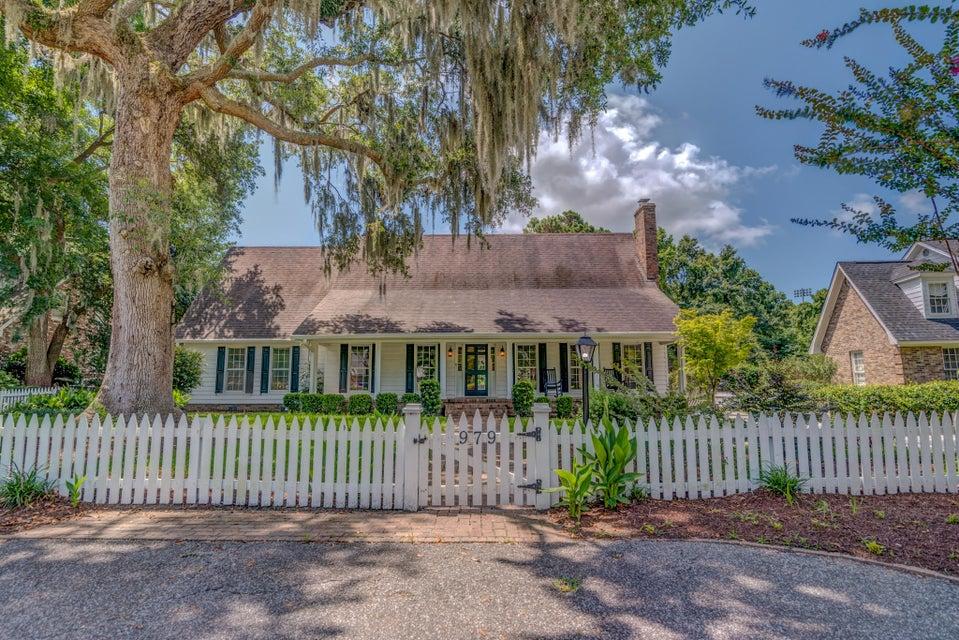 979 Harbortowne Road Charleston, SC 29412