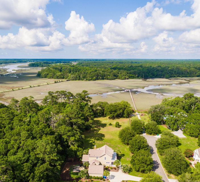 3695 Edings Court Johns Island, SC 29455