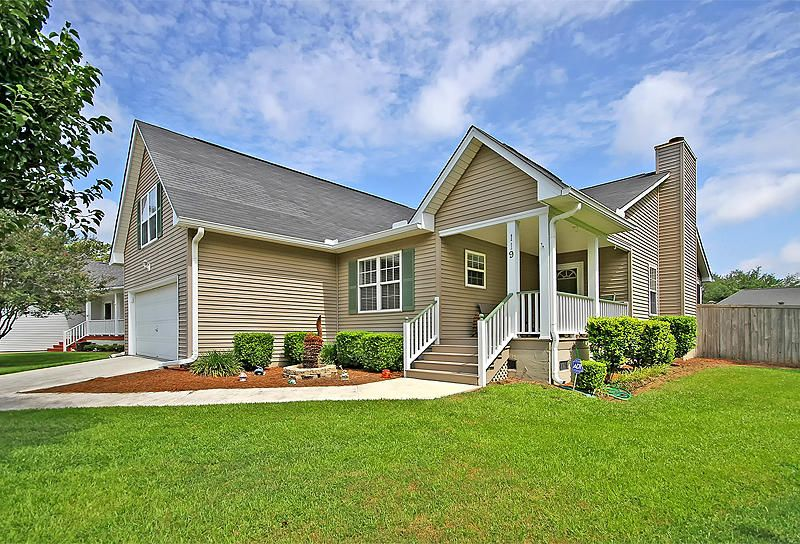 119 Retriever Ln Goose Creek, SC 29445