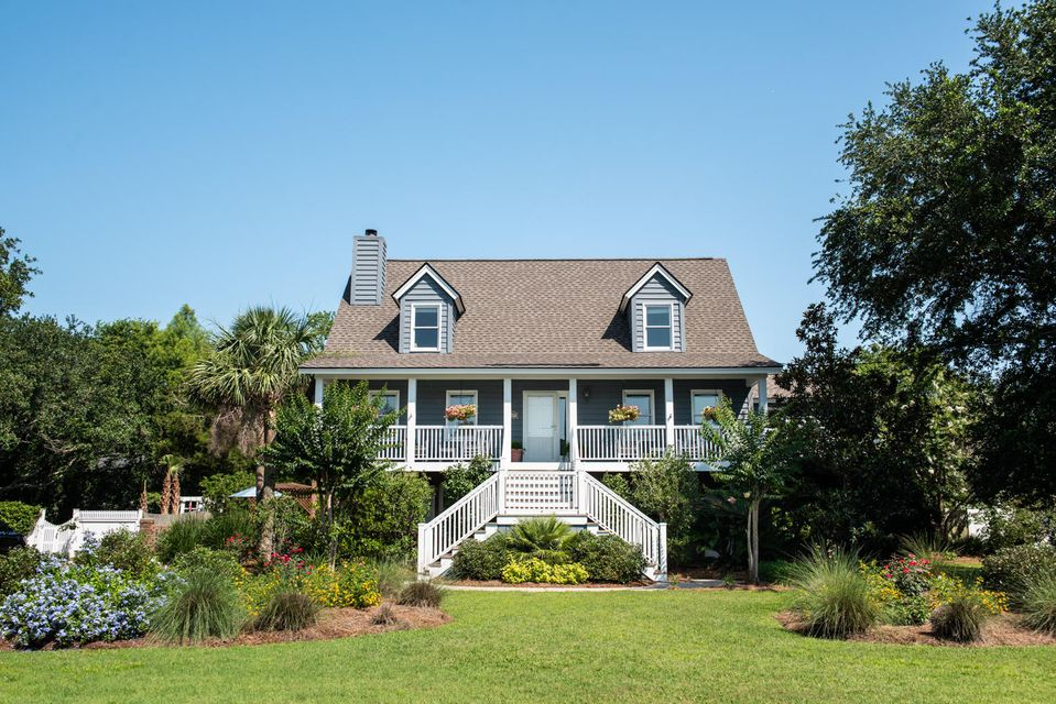 211 William Street Mount Pleasant, SC 29464