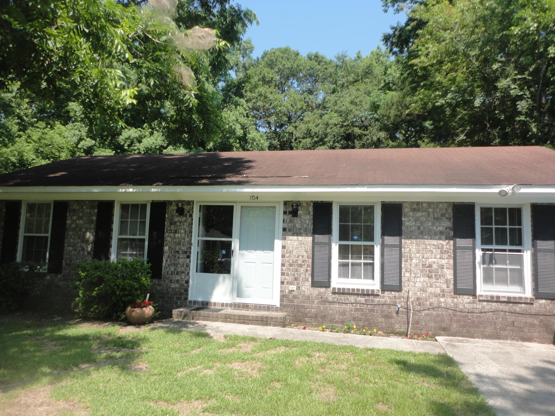 104 Cherry Place Summerville, SC 29483