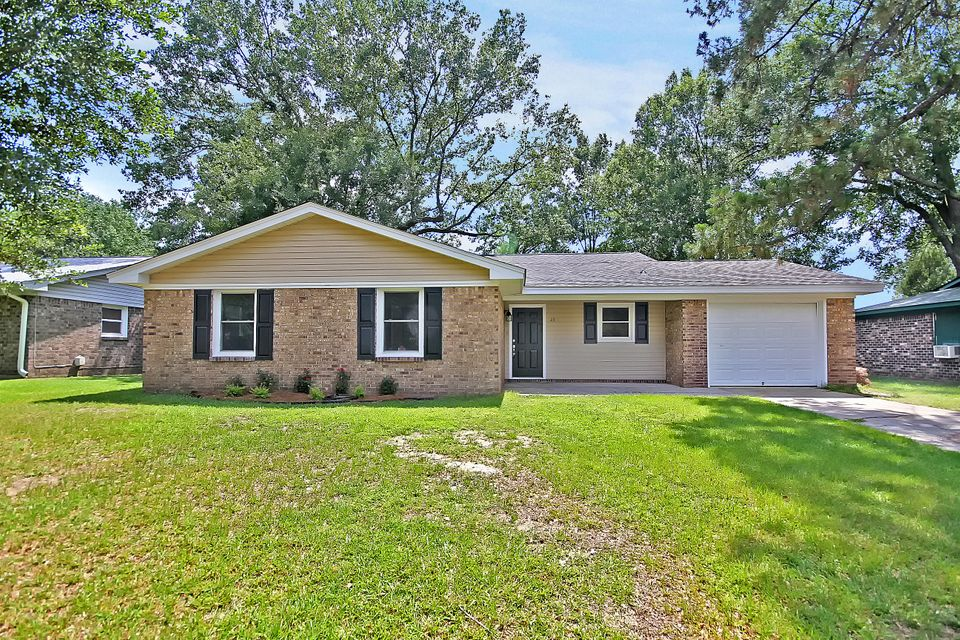 25 Kenilworth Road Goose Creek, SC 29445
