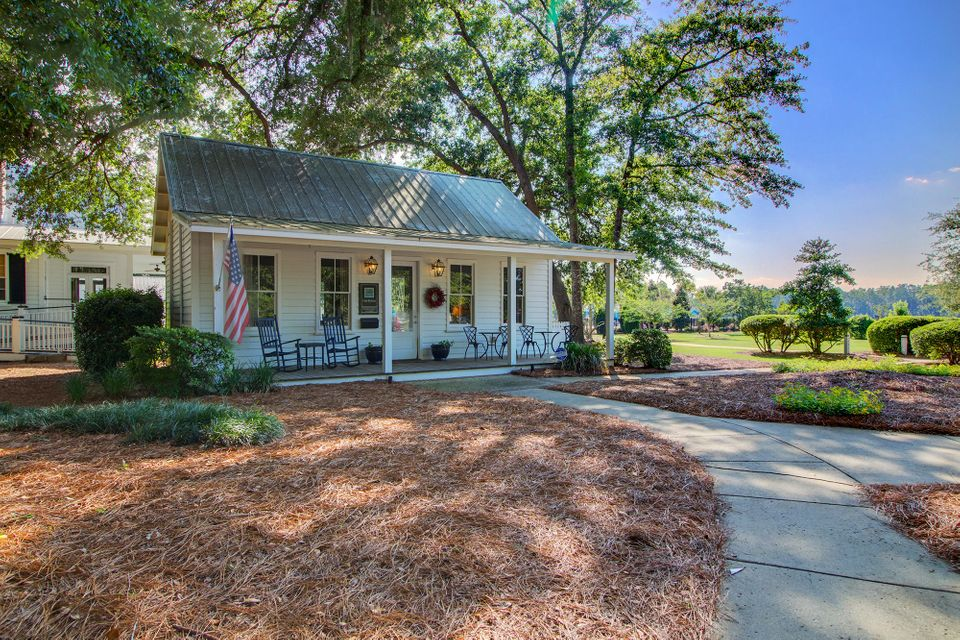 109 Red Bay Lane Summerville, SC 29483