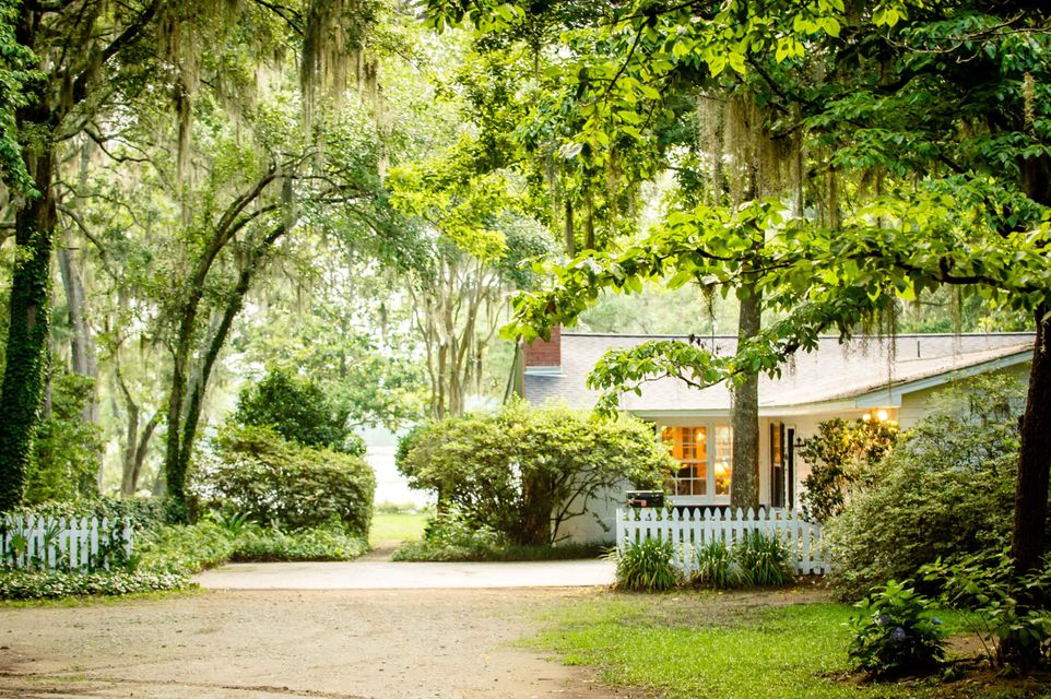 3546 Bohicket Road Johns Island, SC 29455