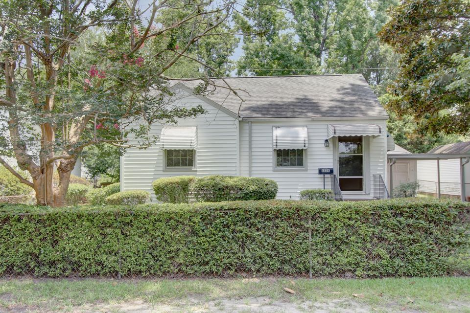 4806 Parkside Drive North Charleston, SC 29405
